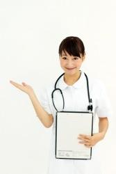 案内する看護師のイメージ写真